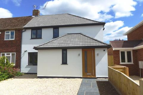4 bedroom semi-detached house for sale - Cookham - Southwood Gardens