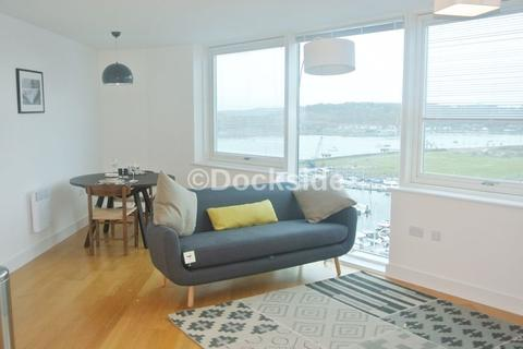 2 bedroom apartment for sale - Dock Head Road, Chatham