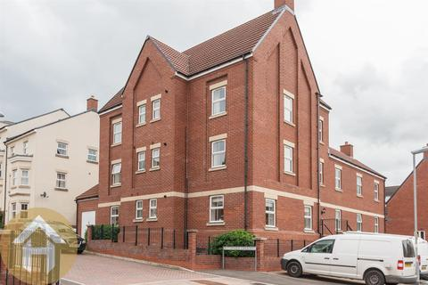 2 bedroom apartment for sale - Cloatley Crescent, Royal Wootton Bassett SN4 7
