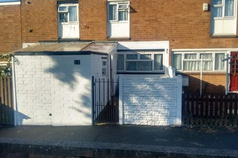 3 bedroom house to rent - Queens Close, Smethwick
