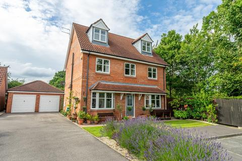 5 bedroom detached house for sale - Learmans Way, Copmanthorpe, York