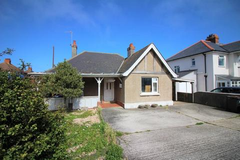 3 bedroom bungalow for sale - Portland Road, Wyke Regis, Weymouth, Dorset, DT4 9BG