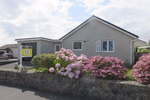 2 bedroom detached bungalow for sale - Minffordd, Benllech, Anglesey
