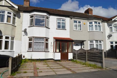 3 bedroom terraced house - Southdown Road, Hornchurch