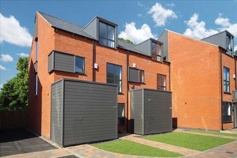 3 bedroom semi-detached house for sale - Main Street, Balderton, Newark