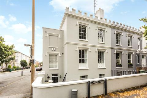 5 bedroom end of terrace house for sale - Winchcombe Street, Cheltenham, Gloucestershire, GL52