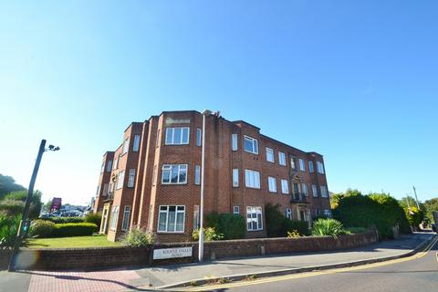 2 bedroom flat to rent - Branksome