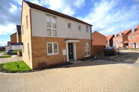 3 bedroom house to rent - Culture Close, Mile End, Colchester
