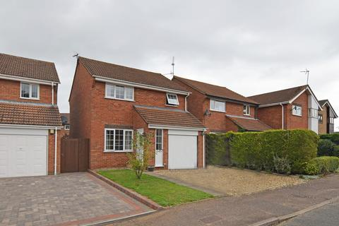 3 bedroom detached house for sale - Hayfield Road, North Wootton