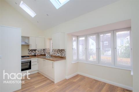 1 bedroom flat to rent - Warwick Place, ME16