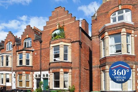 1 bedroom apartment for sale - Perfect investment or first home!
