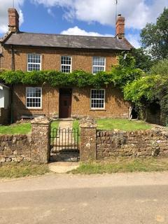 4 bedroom semi-detached house to rent - Mill House Wigginton
