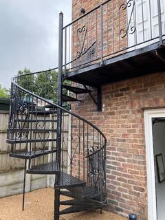 1 bedroom property to rent - Executive Town House, Warick St, Liverpool