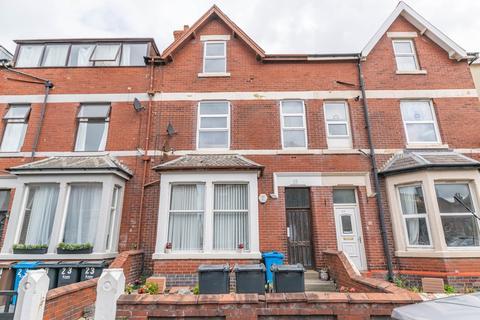 1 bedroom apartment for sale - 25 St Davids Road South, Lytham St Annes, FY8