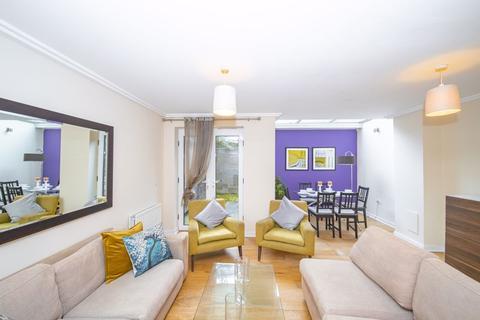 4 bedroom house to rent - Kingscote Way, Brighton