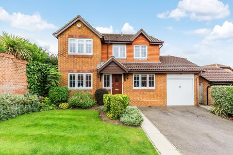 4 bedroom detached house for sale - Emersons Avenue, Hextable, Swanley, BR8