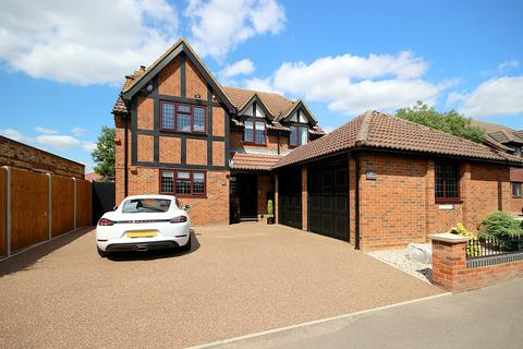 4 bedroom detached house for sale - Ashby Court, Langford, SG18