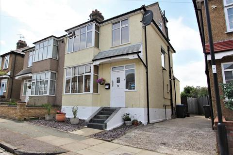 4 bedroom semi-detached house to rent - Morley Hill, Enfield, EN2