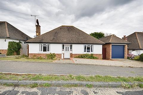 2 bedroom detached bungalow for sale - Third Avenue, Bexhill-On-Sea