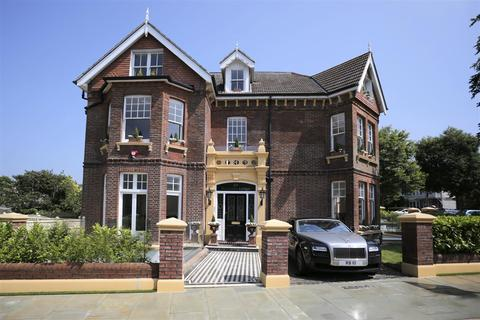 3 bedroom flat to rent - Wilbury Avenue, Hove, BN3 6GH