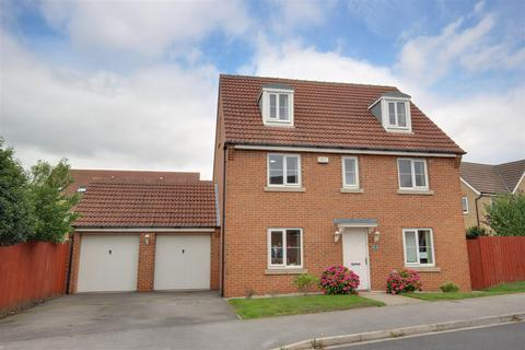 5 bedroom detached house for sale - Munstead Way, Welton, Brough