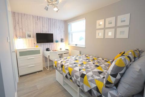 1 bedroom house share to rent - Tavistock Street Ensuite Room P11415
