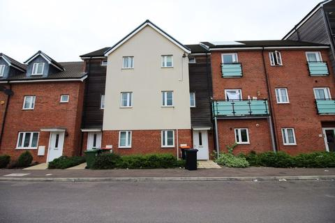 3 bedroom house to rent - Austin Road (P0865) - AVAILABLE