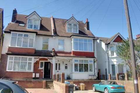 Studio for sale - Blenheim Crescent, South Croydon CR2