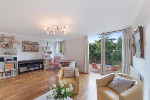 3 bedroom maisonette for sale - Tradewinds Court, Asher Way, London, E1W