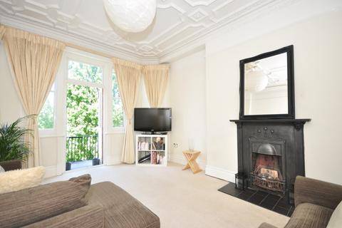 3 bedroom flat for sale - Hauteville Court Gardens, Stamford Brook, Chiswick, W6