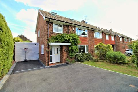 5 bedroom semi-detached house for sale - The Glade, Crawley, West Sussex. RH10 6JL