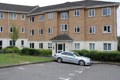 2 bedroom flat for sale - Saxon Court Thatcham