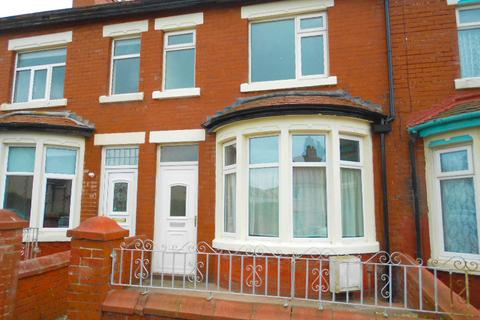 3 bedroom terraced house to rent - Levens Grove, BLACKPOOL, FY1 5PP