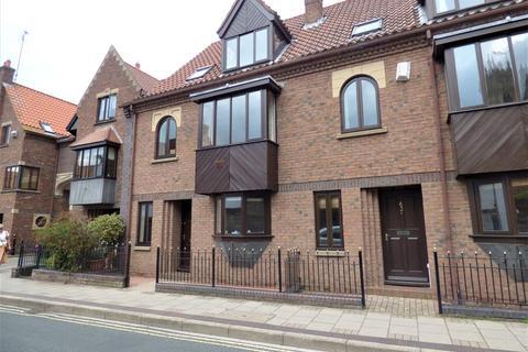 3 bedroom townhouse to rent - Eastgate , Beverley, East Yorkshire, HU17 0DR