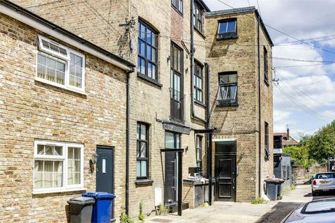 Studio for sale - King Street Mews, East Finchley, London
