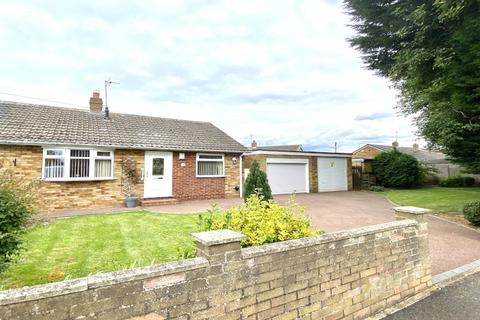 2 bedroom semi-detached bungalow for sale - Compass Road, Hull, HU6 7BB