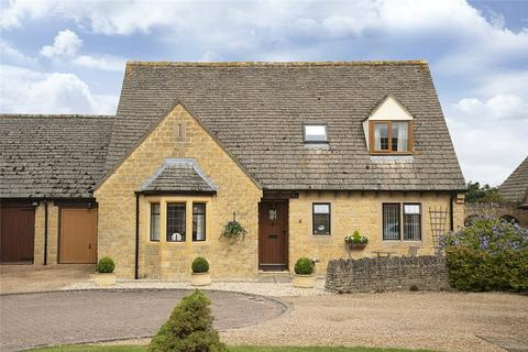 3 bedroom bungalow for sale - Bearcroft Gardens, Mickleton, Gloucestershire, GL55