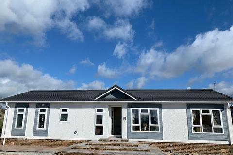 2 bedroom bungalow for sale - Residential Park Homes 50X20 Omar Anniversary White Horse Park Osmington Hill DT3