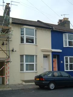 4 bedroom terraced house to rent - St Martins Street, Brighton