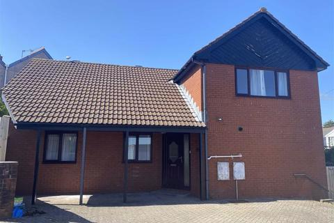 5 bedroom detached house for sale - Harbour Road, Barry