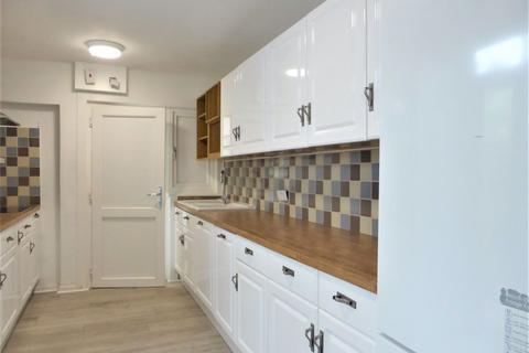 6 bedroom house to rent - Arundel Street - P1701