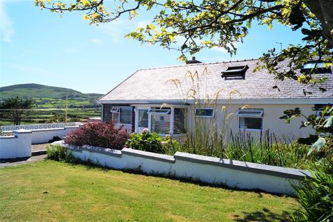 4 bedroom detached bungalow for sale - Aberdaron, Pwllheli