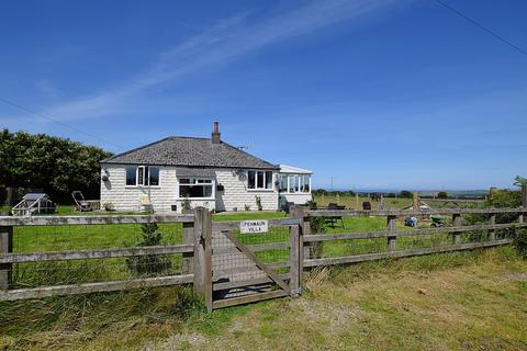 3 bedroom detached bungalow for sale - St Dogmaels