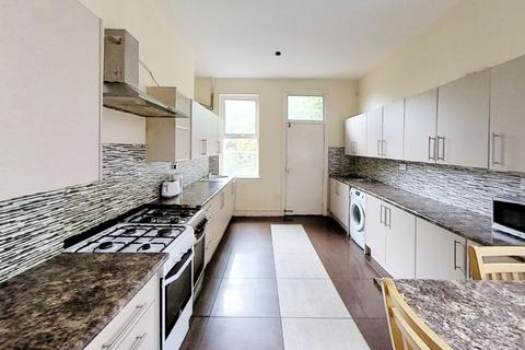 8 bedroom house to rent - Severn Street, Leicester