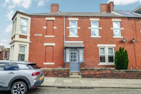 3 bedroom terraced house for sale - Lansdowne Terrace, ., North Shields, Tyne and Wear, NE29 0NL