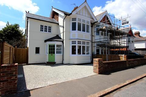 3 bedroom semi-detached house for sale - Grange Road, Deal, CT14