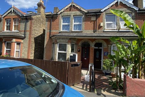 2 bedroom terraced house for sale - QUEENS ROAD , TW13 5AR