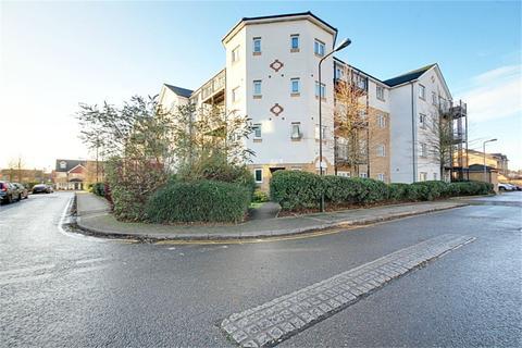 2 bedroom flat for sale - Cornell Court, Enstone Road, Enfield, EN3