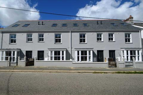 4 bedroom end of terrace house for sale - TRURO
