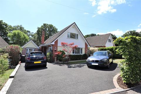 4 bedroom detached house for sale - Gladelands Way, Broadstone, Dorset, BH18